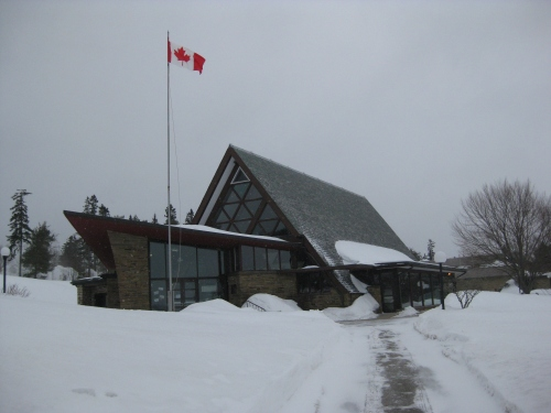 The gorgeous little Bell Museum in winter, when hardly normally shows up. This year was different, as hundreds arrived to take part in the Centennial of Flight fun. No one was worrying about the weather.