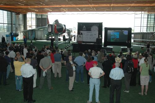 The overall scene at the CASM -- July 20, 2009. (Larry Milberry)