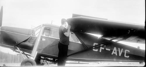 Wegg 2 CF-AVC Puss Moth-2 Wegg Col