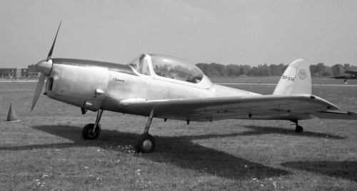In 1946 de Havilland Canada introduced the DHC-1 Chipmunk as its natural post-WWII Tiger Moth replacement. CF-CXE was shot at Rockford circa 1960. Last heard of in the 2000s it was N143P in Salem, Oregon.