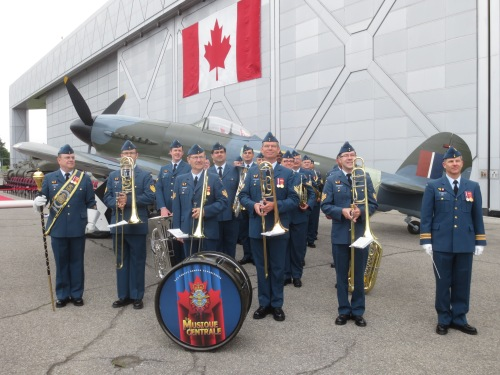 The RCAF Central Band ready to lead the festivities at Rockcliffe. (all, Larry Milberry unless noted)