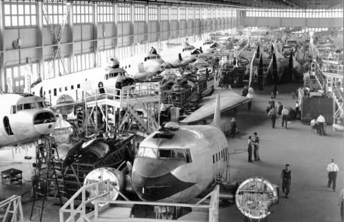 Canadair 2 DC-3 line