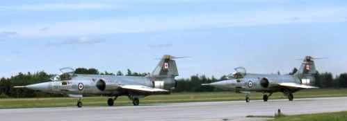 CF-104_17