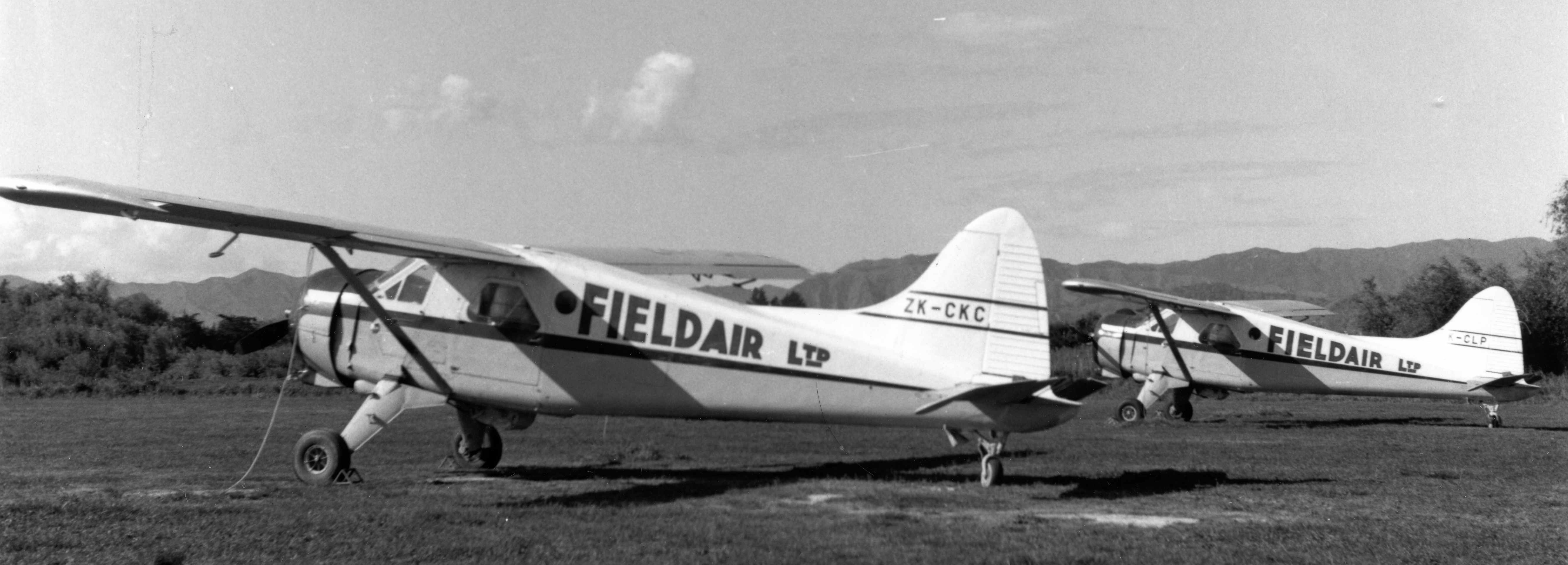 BLOG 20 HALFORD DHC Files 2-2019 Field Air NZ top dressing Beavers Phil Hanson photo