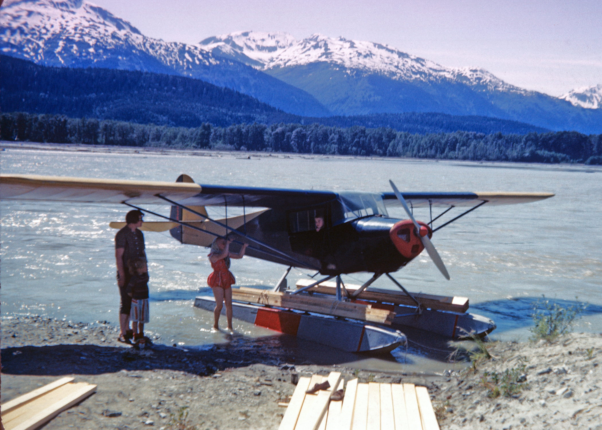 Taylorcraft in Chilkat River