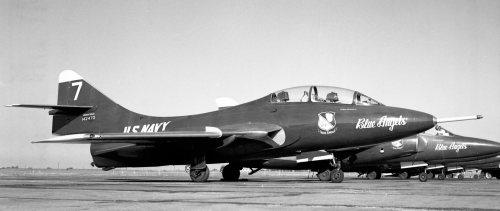CANAV History 33 Cougar 142470